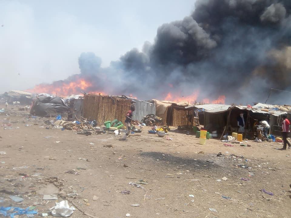 Marché de bétail-camp des déplacés de Faladiè : après l'incendie, la confusion