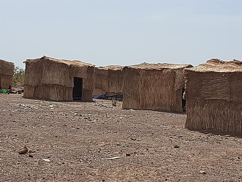 À la veille de l'hivernage, les déplacés de Zantiguila craignent pour leur toit