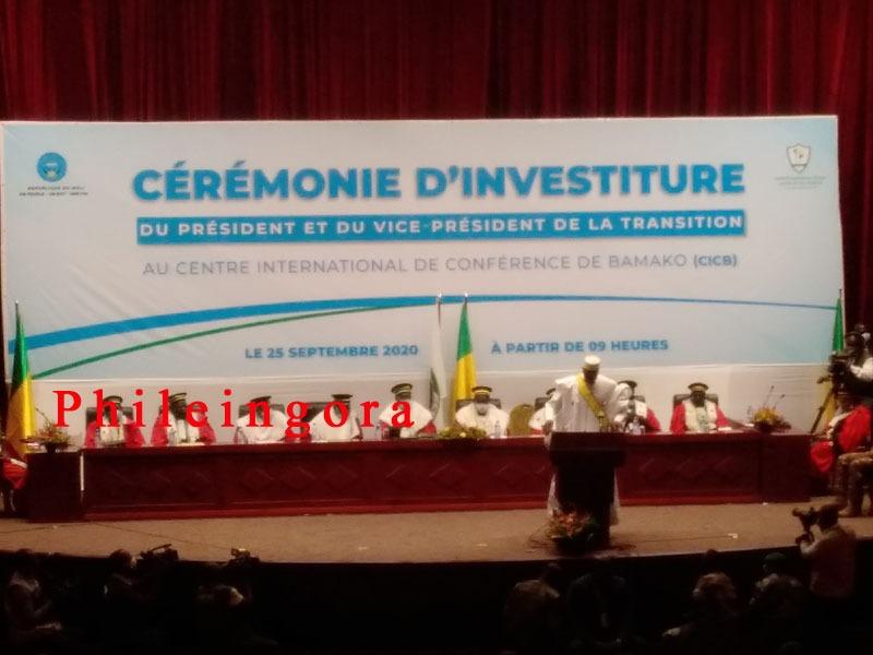 Bah Ndaw après son investiture : «Je suis prêt au sacrifice ultime pour que le Mali redevienne le Mali de nos rêves»