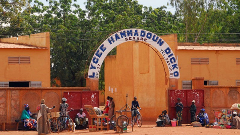 A Sévaré, des élèves contre la construction d'une cellule antiterroriste