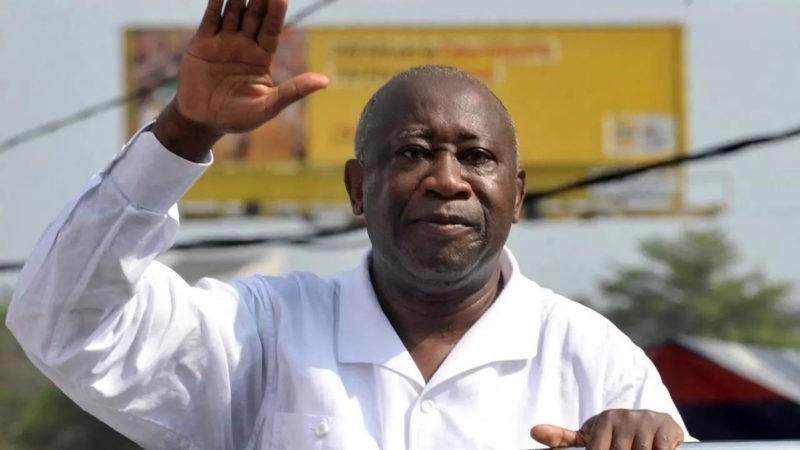 Après une décennie d'absence, Laurent Gbagbo foule le sol ivoirien
